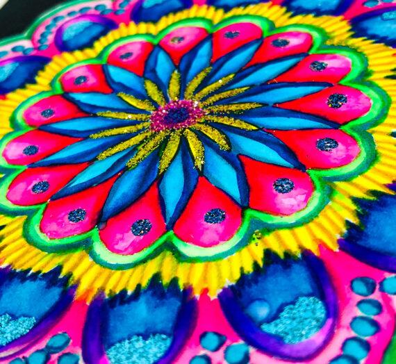 Embossing Mandala Love